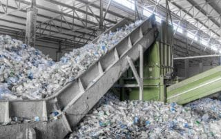 Signs It's Time To Replace Your Conveyor Belts